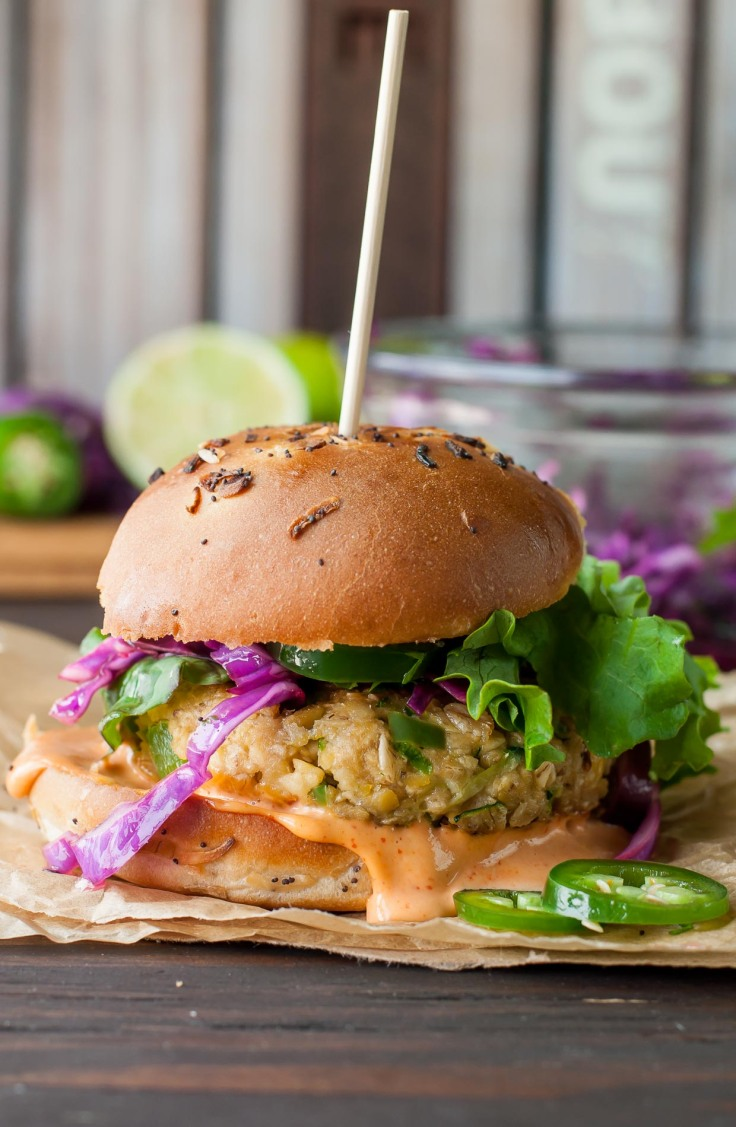 spicy-chickpea-burgers